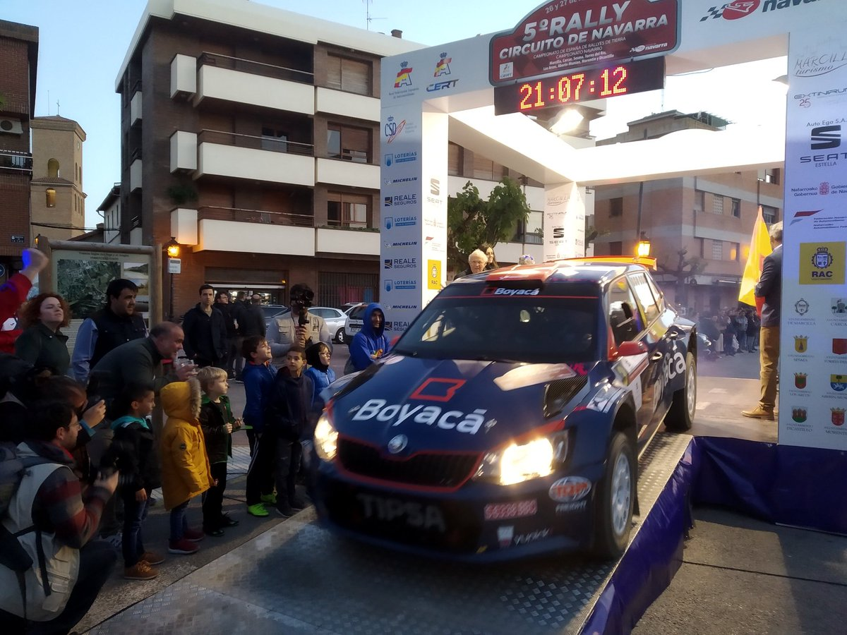 CERT: 5º Rallye de Tierra Circuito de Navarra [26-27 de Abril] D5Ghfz0W4AQq-F-