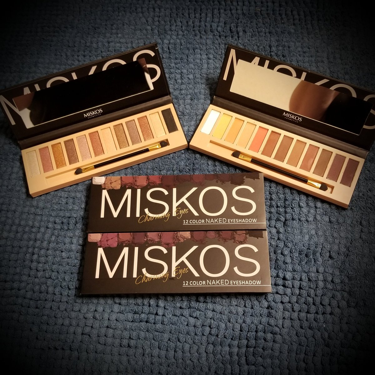 MISKOS Charming Eyes Professional Warm Eyeshadow Makeup Palette 16 eyeshadow colors includes high pigmented shimmer & matte shadows. Blend easy for any look.    #Discountedforreview #MISKOS  #eyeshadowpalet #eyeshadow #makeup #beauty #cosmetics http://www.amazon.com/gp/product/B0753BBF6P…