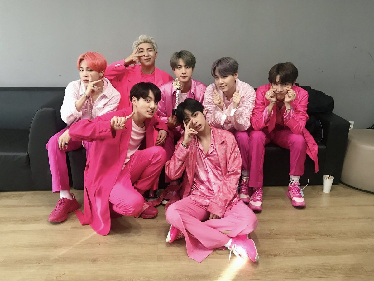 The only pink squad that matters  #BoyWithLuv4thWin #BBMAsTopSocial BTS @BTS_twt<br>http://pic.twitter.com/8EK4MgkM0Q