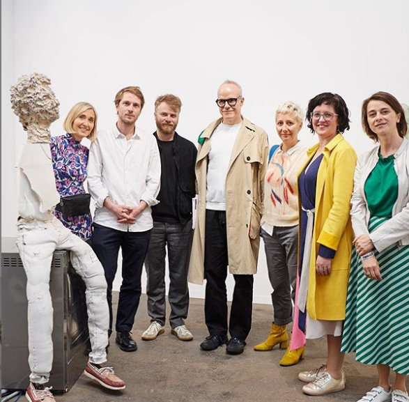 TRG Director @tessa_giblin with @HUObrist and Hélène Vandenberghe - the jury of @artbrussels DISCOVERY Prize. Many congrats to the winners @tbvvgallery & @NomeProject ! @SerpentineUK   Photo David Plas, courtesy @artbrussels <br>http://pic.twitter.com/81mRevBluK