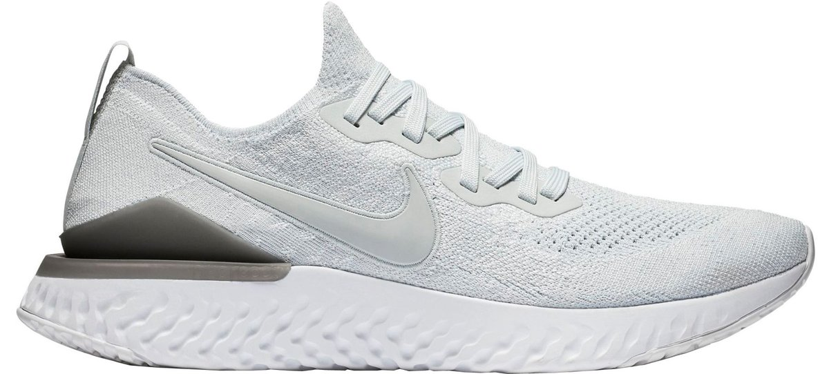reputable site a3a1e 45192 The rest of the shoe is the same as V1. https   www.solereview.com nike -epic-react-flyknit-2-review  …pic.twitter.com nsvDtijTaD