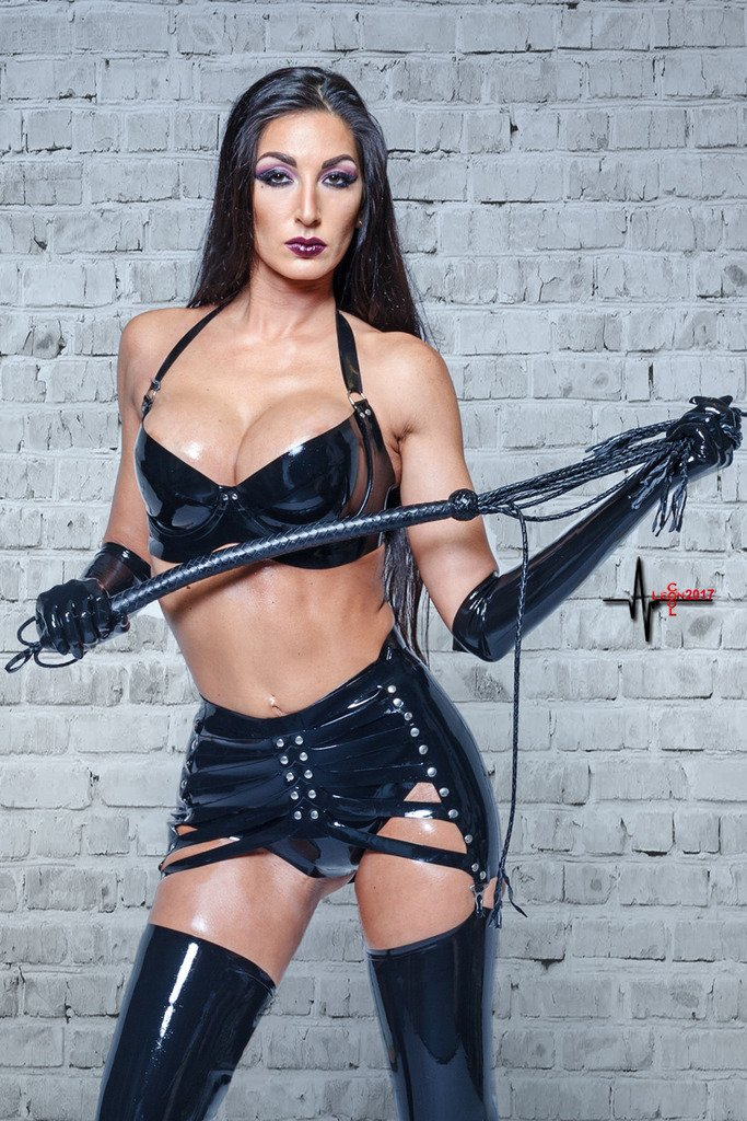 Lady Electra Latex I Know That Girl 1