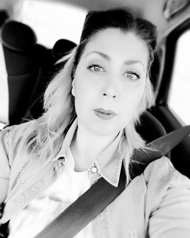 B&W for me please . . #blackandwhitestyle #selfiegram #photooftheday #picoftheday #blackandwhite_photos #selfieme #selfieblackandwhite #moniswonder #instablackandwhite #carselfie #instanow #selfieday #selfiemoment #blackandwhitephotography #instanow #i… http://bit.ly/2GOmrF9pic.twitter.com/AE0TNcgIqK