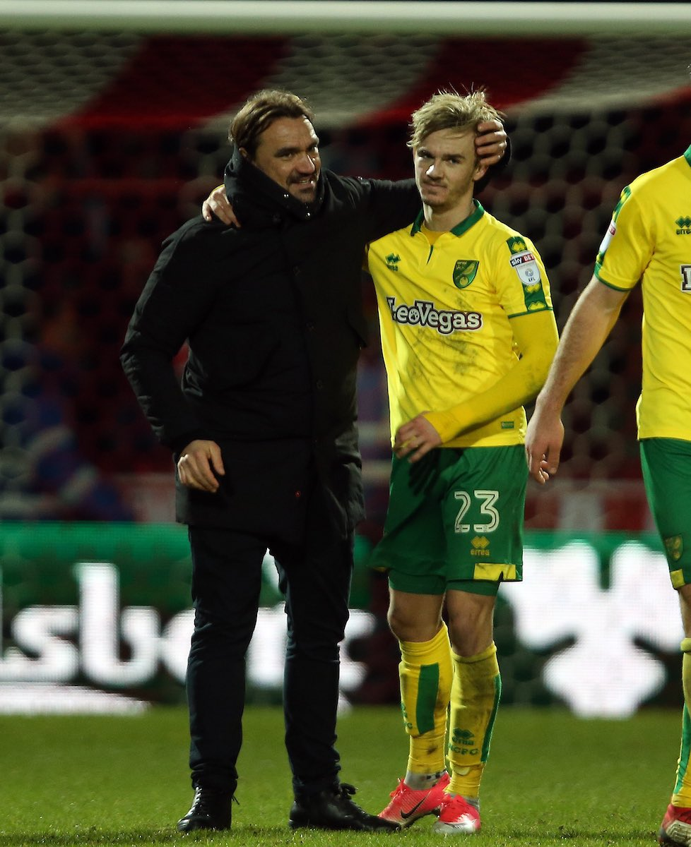 Unbelievable achievement for my former club @NorwichCityFC . Great scenes to watch🙌🏼 Daniel Farke and all the lads have been Breathtaking to watch all season. See you at the Carra next year canaries 💛💚 #NCFC