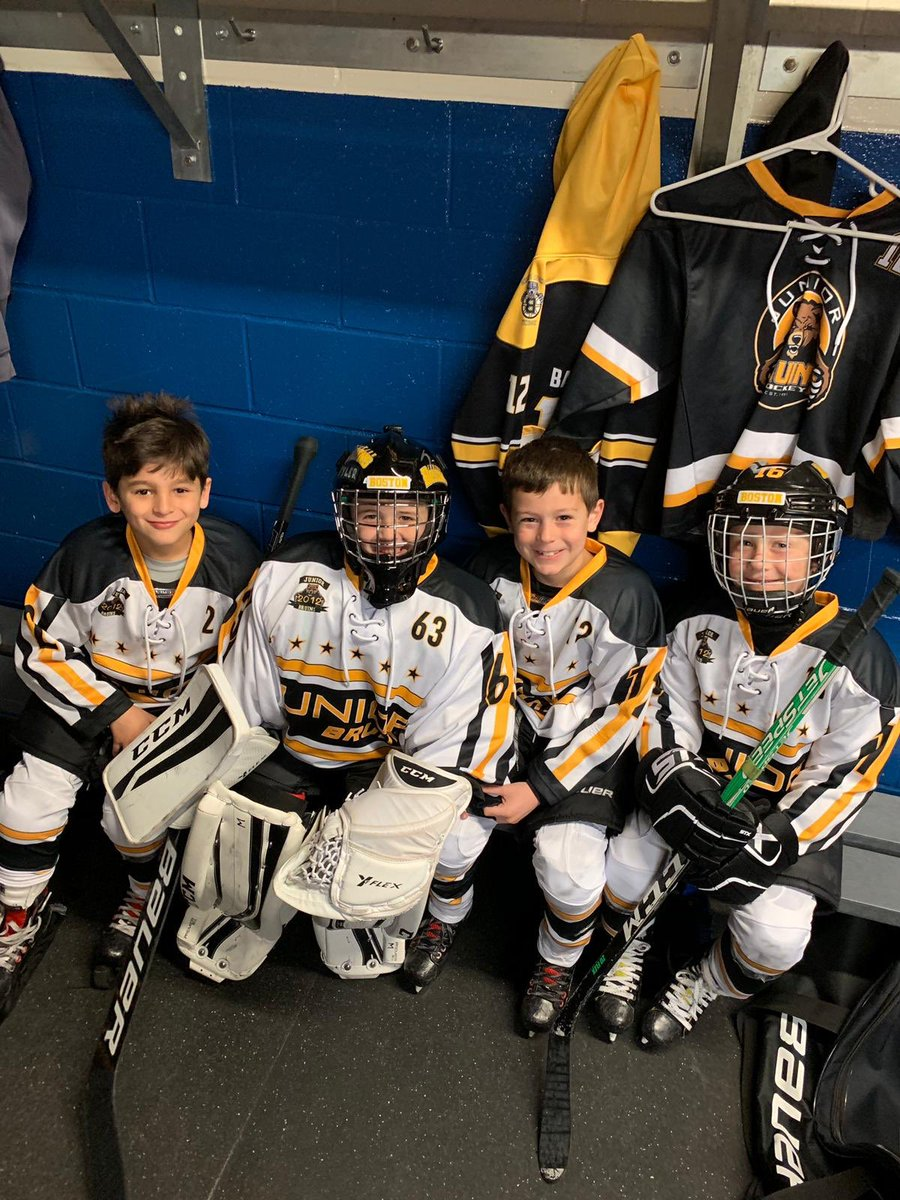 These 4 havent quite figured it out yet, that they'll be battling it out as Islanders and @_TopGunHockey next year! Having a great time in Montreal. 4-0 round robin. On to the semi-finals tomorrow for the @juniorbruins 12 Elites. #the12s #JBH https://t.co/ySIzkivSze