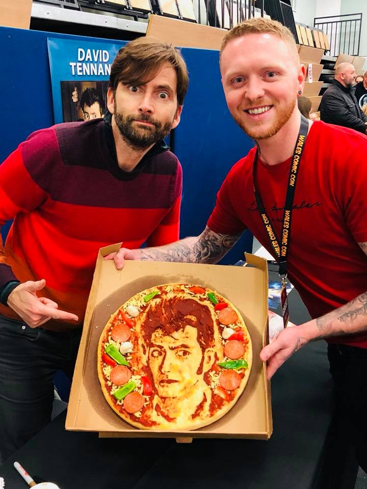 David Tennant with a pizza made of his face at Wales Comic Con - Saturday 27th April 2019