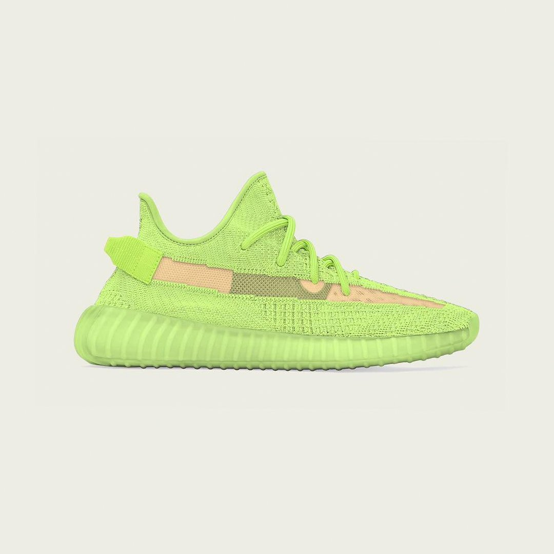 0f9c673d7ad48 (via  theyeezymafia) Have you been waiting for this glow-in-the-dark Yeezy  Boost 350 V2 pic.twitter.com VAzjdpoCrQ