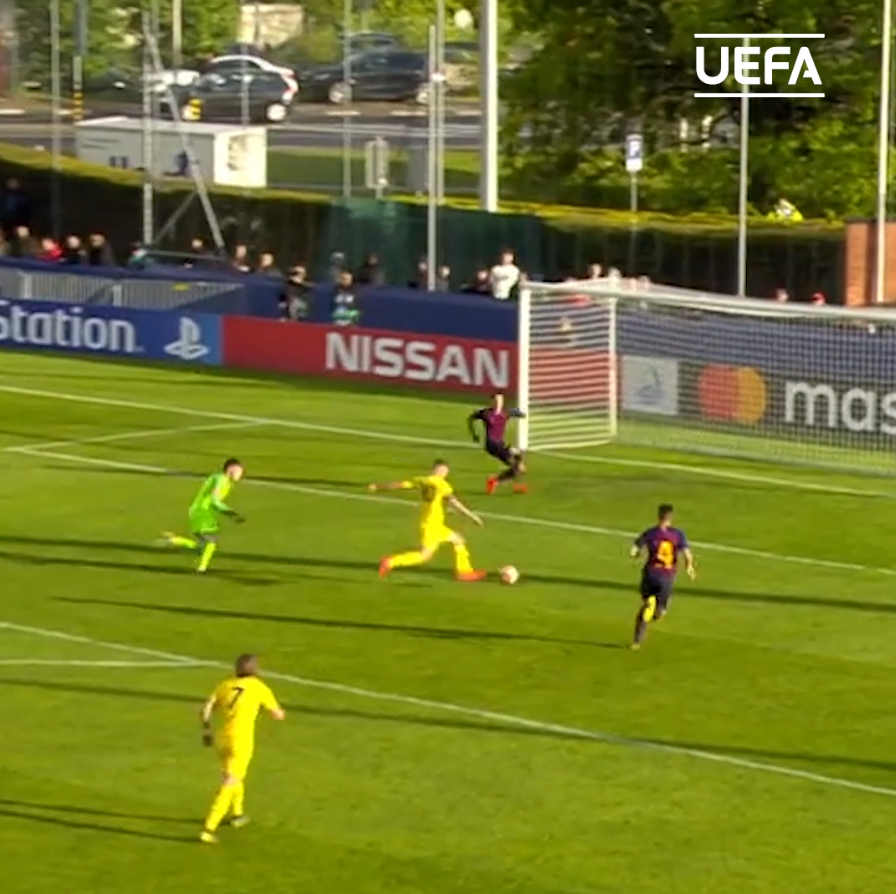1 year ago today⏪  @ChelseaFC pip @FCBmasia to the #UYL final on penalties - despite two @ANSUFATI goals🏆 https://t.co/yvxpwygwq3