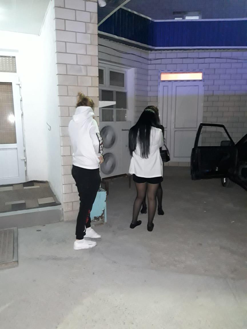 Грабили проституток проститутка несовершеннолетний