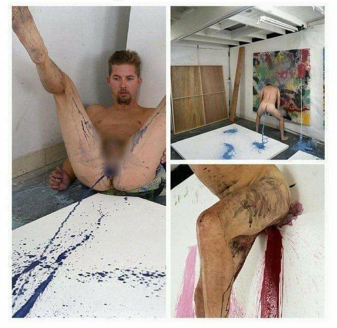 """El artista Keith Boadwee se metió pintura en su ano y se tiró peos para que saliera el líquido a chorros en una hoja gigante y hacer una """"obra"""". Esto amigos... es arte."""