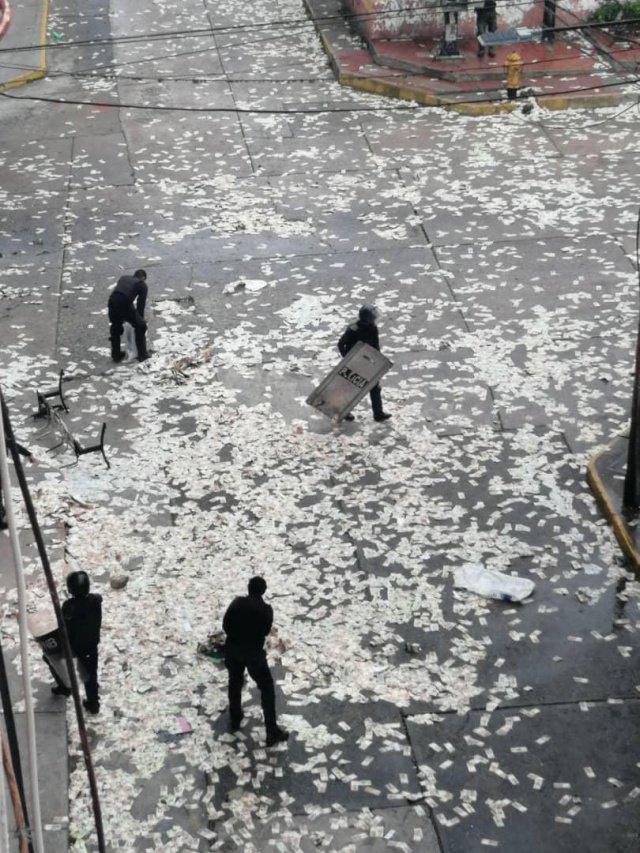 """В Венесуэле возобновились протесты: лидер оппозиции Гуайдо объявил """"финальный этап"""" смены власти в стране - Цензор.НЕТ 1033"""