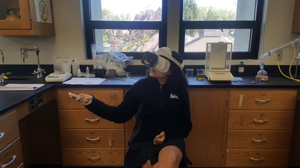 Learning With Vr And Labsterpic Twitter 1usqig8pfy At Staten Island Academy