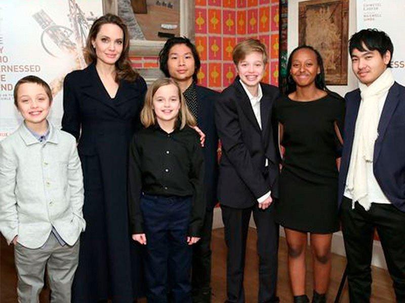 Angelina Jolie divorziata lascia la sua eredità milionaria solo a uno dei suoi figli.