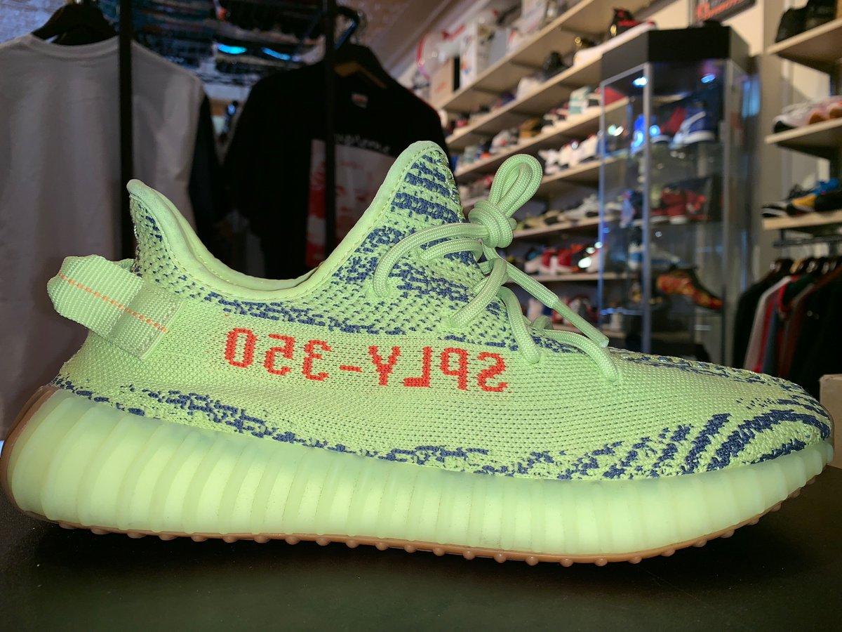4ff93ba7426446 Size 9.5 Adidas Yeezy Boost 350 V2