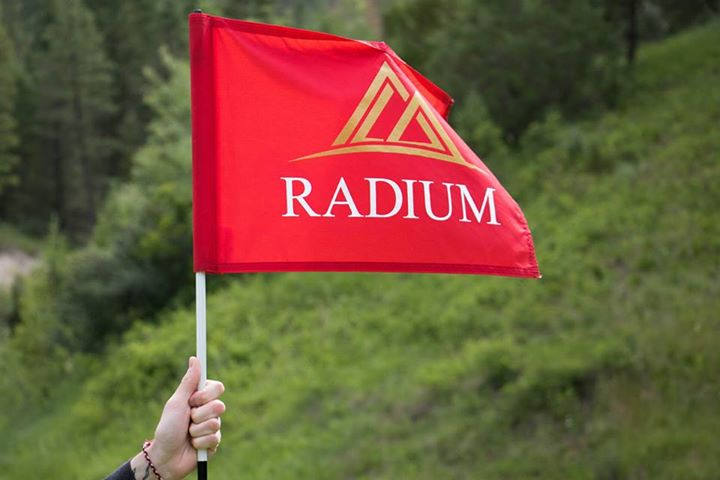 Considering a golf tournament for your upcoming event, team-building function, fundraiser or party? Have it here! Our #RadiumCourse and #SpringsCourse are the most scenic (and fun!) courses in BC, and our events team will make it an awesome day.  https://t.co/UWneSMpy0F https://t.co/3R1meg0SWF