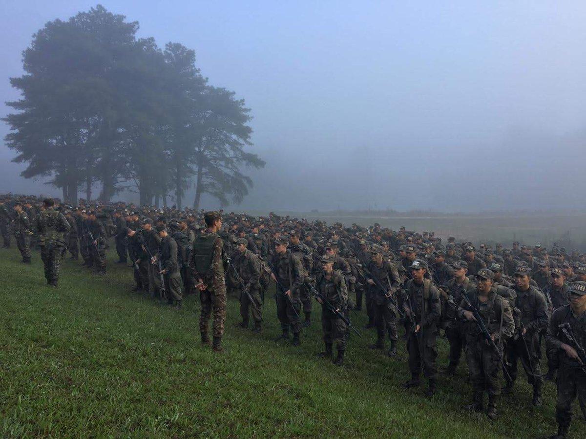 c43e3a1253 durante operacao boina preta recrutas do 20 batalhao de infantaria blindado  desenvolvem habilidades essenciais para aprimoramento