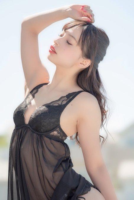 グラビアアイドル鶴巻星奈のTwitter自撮りエロ画像29