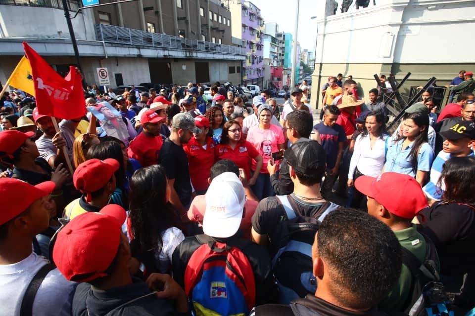 """Maduro: """"¡El Imperialismo quiere matarme!"""" - Página 2 D5Z95bnW0AAprft"""
