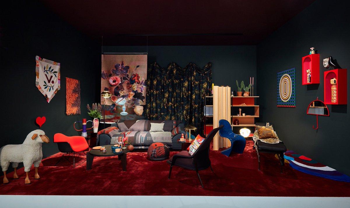 """test Twitter Media - El diseño es una forma de expresar actitud hacia la vida. En @contelcontract nos fijamos en los entornos y hacemos que tu espacio laboral sea el más adecuado para ti. Inspírate en entornos como """"The Bohemian"""", de @vitra #furniture #furnituredesign #felizmartes https://t.co/O35pRKdMOY"""