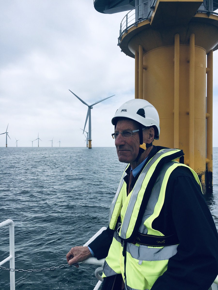 Our Chair, Sir John Armitt, is visiting the Gunfleet Sands #offshore #wind farm with @OrstedUK.  Our National #Infrastructure Assessment recommends that a minimum of 50% of the UK's #electricity should come from renewable sources by 2030 🍃  #UKInfra2050 https://t.co/cHqHM5eBjF