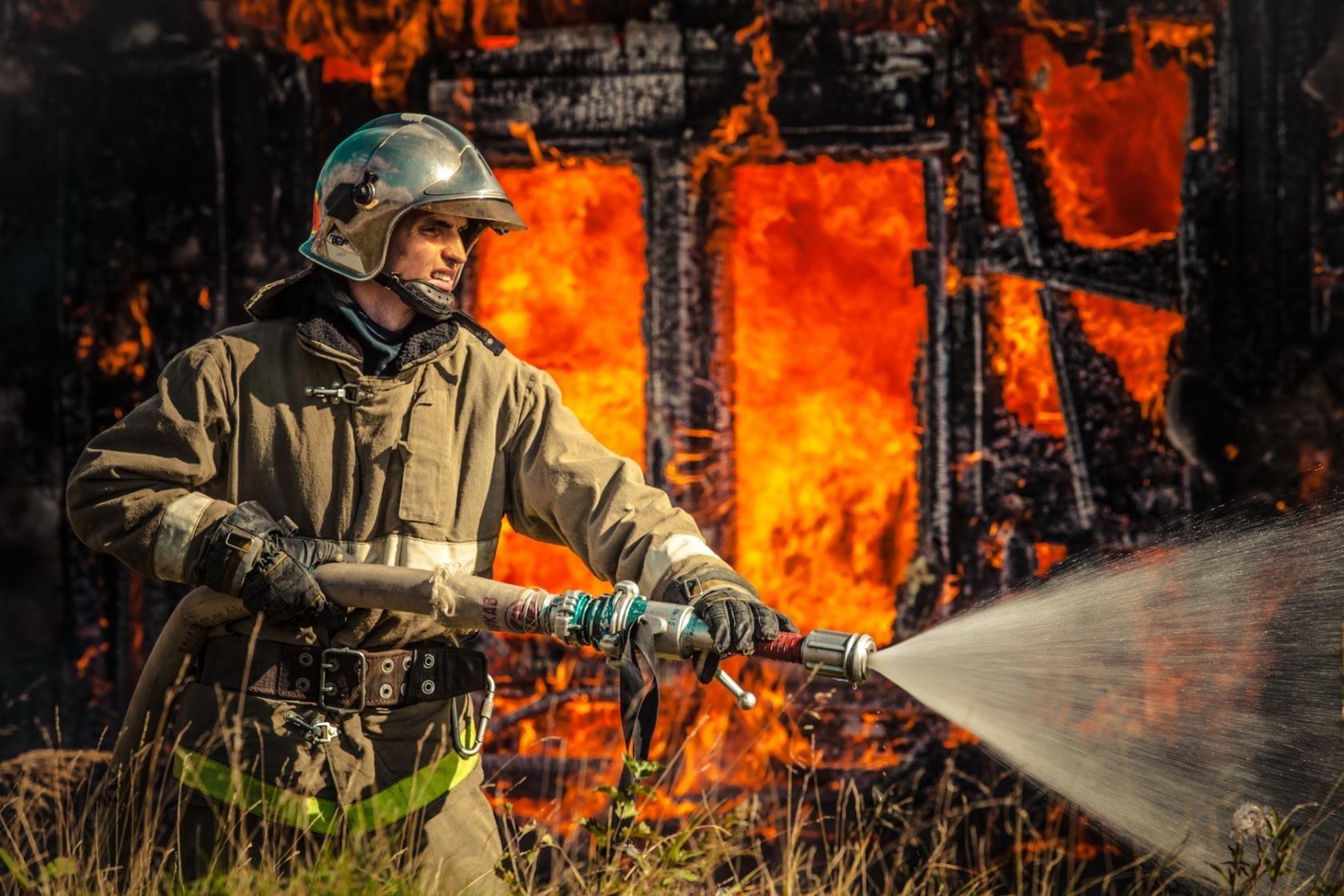 фото поздравление с днем пожарной охраны цвет зеленый
