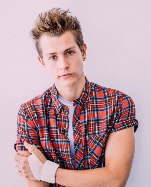 Birthday Wishes to James McVey, Leigh Francis, Jonathan Brownlee and Steven Mackintosh. Happy Birthday y\all..