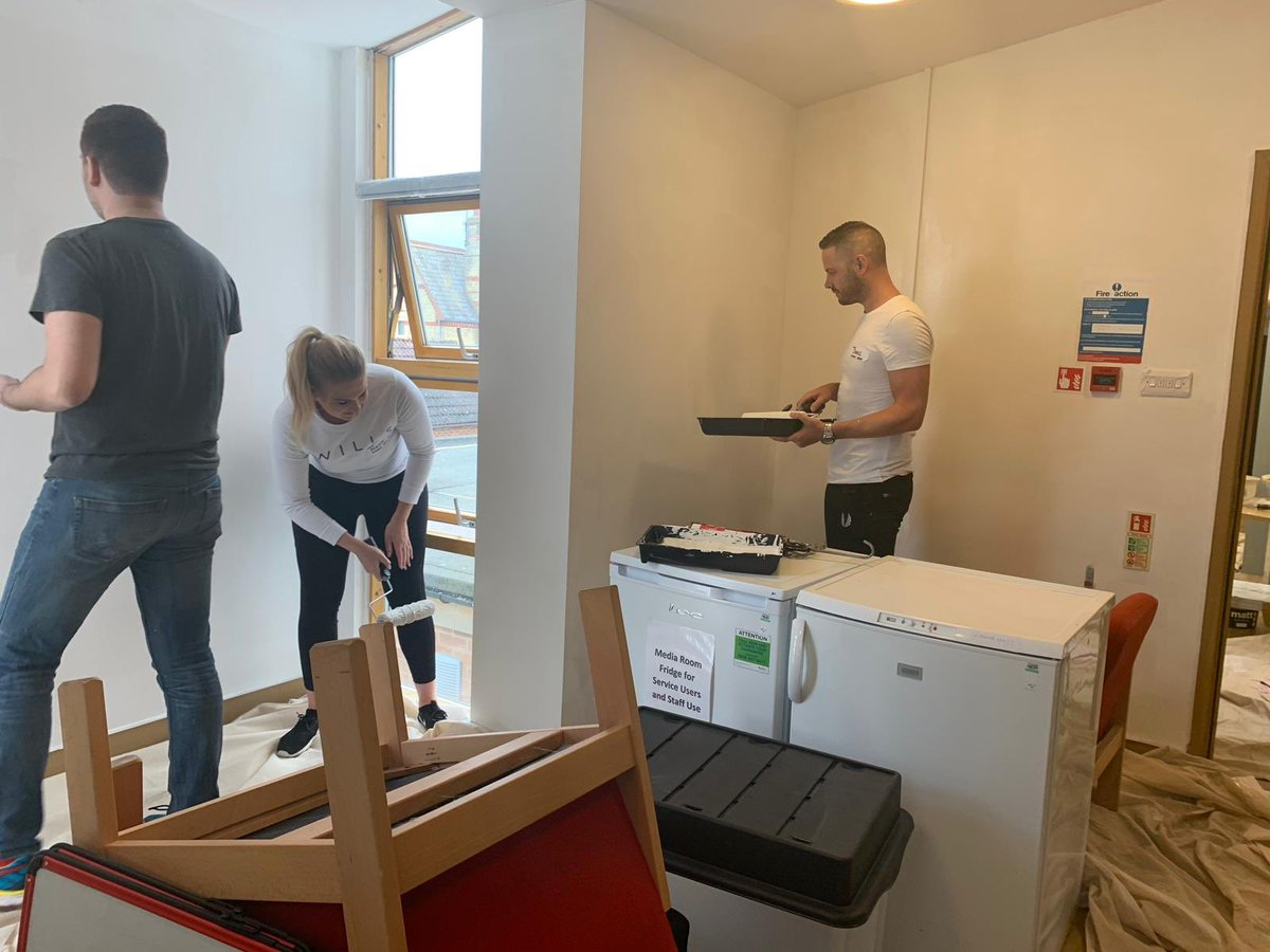Area L getting most of the paint on the walls of the Tennyson lodge day centre in March. #U4inthecommunity #U4L #U4G1 #U4E2 #U4E6 @SteveDavo84 @AEKLHR @jamesbuthlay @naloha92