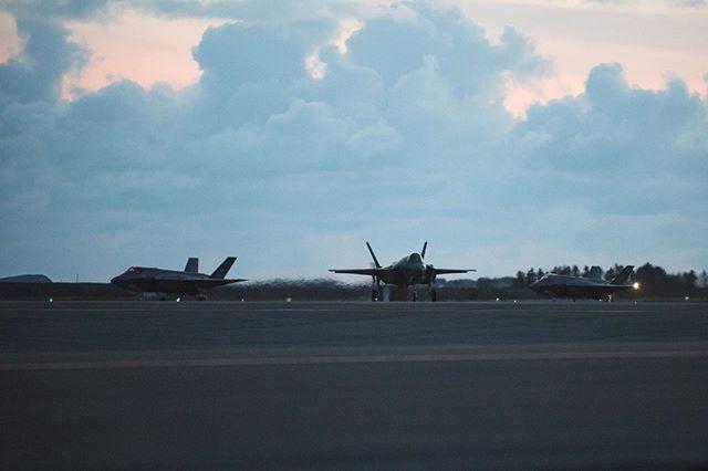 النرويج تضاعف طلبياتها لمقاتلات F-35 الى 12 مقاتله  - صفحة 2 D5_nbfVWwAU-i9v