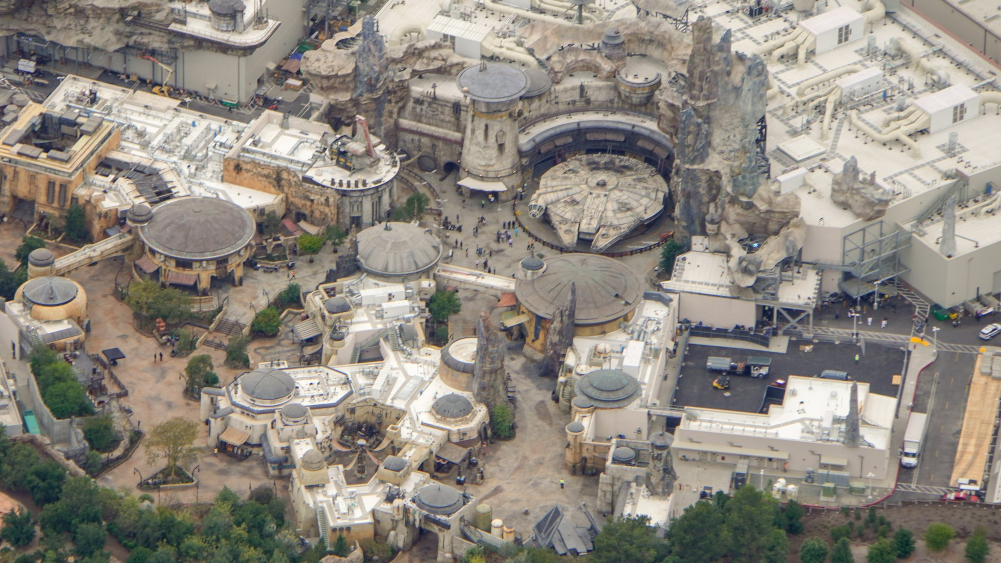 Bioreconstruct On Twitter Aerial View Of Star Wars Galaxy S Edge Disneyland 24 Days Until Opening