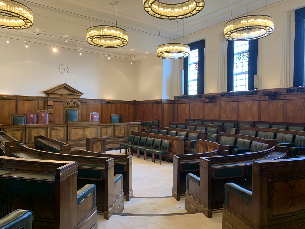 This meeting is called to order! Host your meeting in the Council Chamber @TownHallHotel and enjoy the distinguished Art Deco furnishings of polished oak, teak and fine leather seating. A unique space!