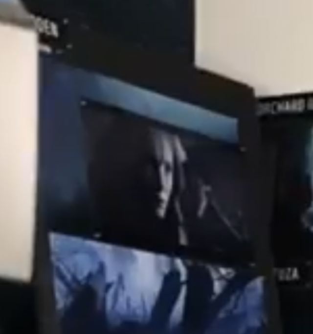 Check out our roundup of #TheWitcher&#39;s press junkets happening today including studio tours, first looks at concept art, and what appears to be a filming still of Freya Allan as Ciri.   https:// bit.ly/2Y0DuJT  &nbsp;  <br>http://pic.twitter.com/IoHQDKtnb5