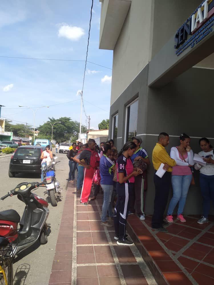 Hoy #30Abr los contribuyentes comprometidos con el futuro de nuestro país efectúan su declaración y pago del #ISLR. Venceremos #SENIATComprometidosConVenezuela #SENIATDefienteLaPatria #SENIATLealesAMaduro