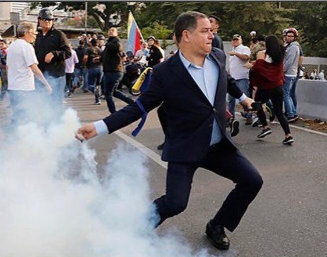 """Maduro: """"¡El Imperialismo quiere matarme!"""" - Página 2 D5asORhWwAIJ3cK"""