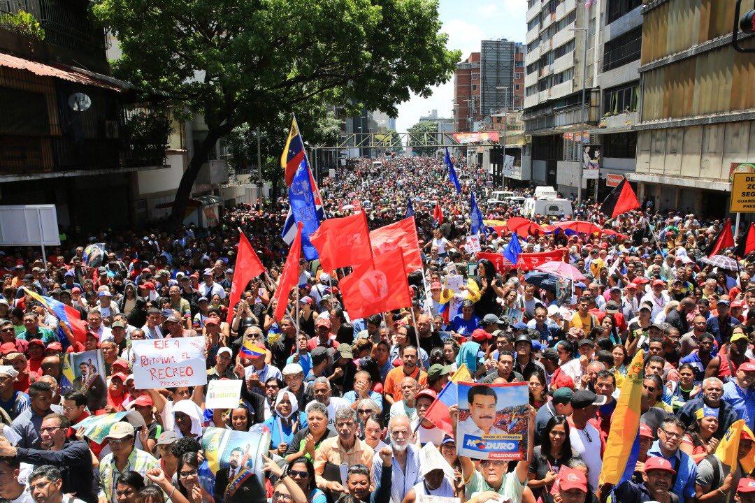 "Maduro: ""¡El Imperialismo quiere matarme!"" - Página 2 D5au__xW4AEeCKr"