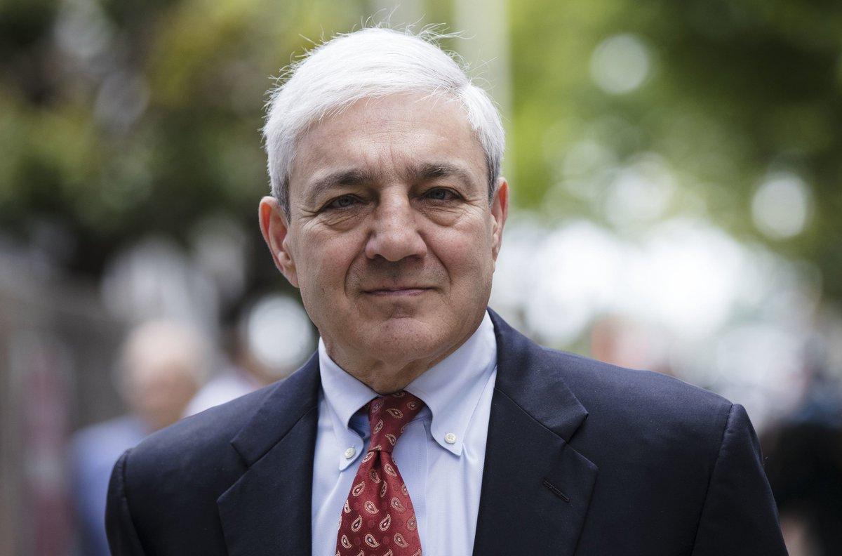 Judge Throws Out Conviction Of Ex-Penn State President Spanier tinyurl.com/yxg7z8o8