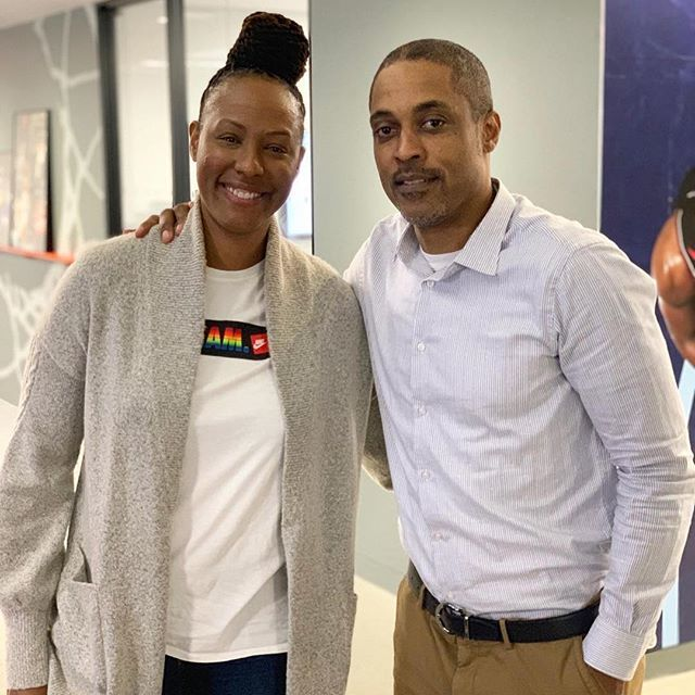 While catching up with my folks at @nba offices. Ran into the NYC legend @rod_strickland1. Spent my first year in league watching him ball for the @washwizards. He inspired a lot of us NYC hoopers. Respect ✊🏾 #repost @rod_strickland1. ・・・ The Great @… http://bit.ly/2vuL2Zd