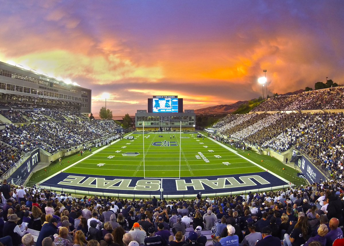 So grateful to have received my first offer from Utah State University! Huge thanks to @CoachCollinsUSU @MikeCaputo_7 @DanHinds and my family. @USUFootball