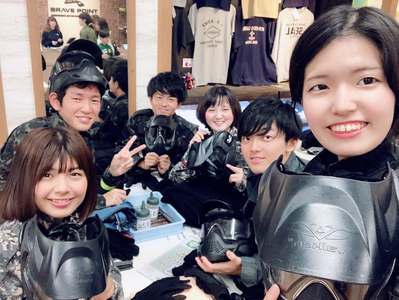 先日、お台場にサバイバルゲームをしに行きました!😎😎 2チームに分かれて盛り上がりました! みんな初めてのサバゲーでしたが、楽しかったです!!😊😊  #東京慈恵会医科大学 #軟式テニス部 #慈恵医大軟式テニス部 #軟テ #なんて #ナンテ