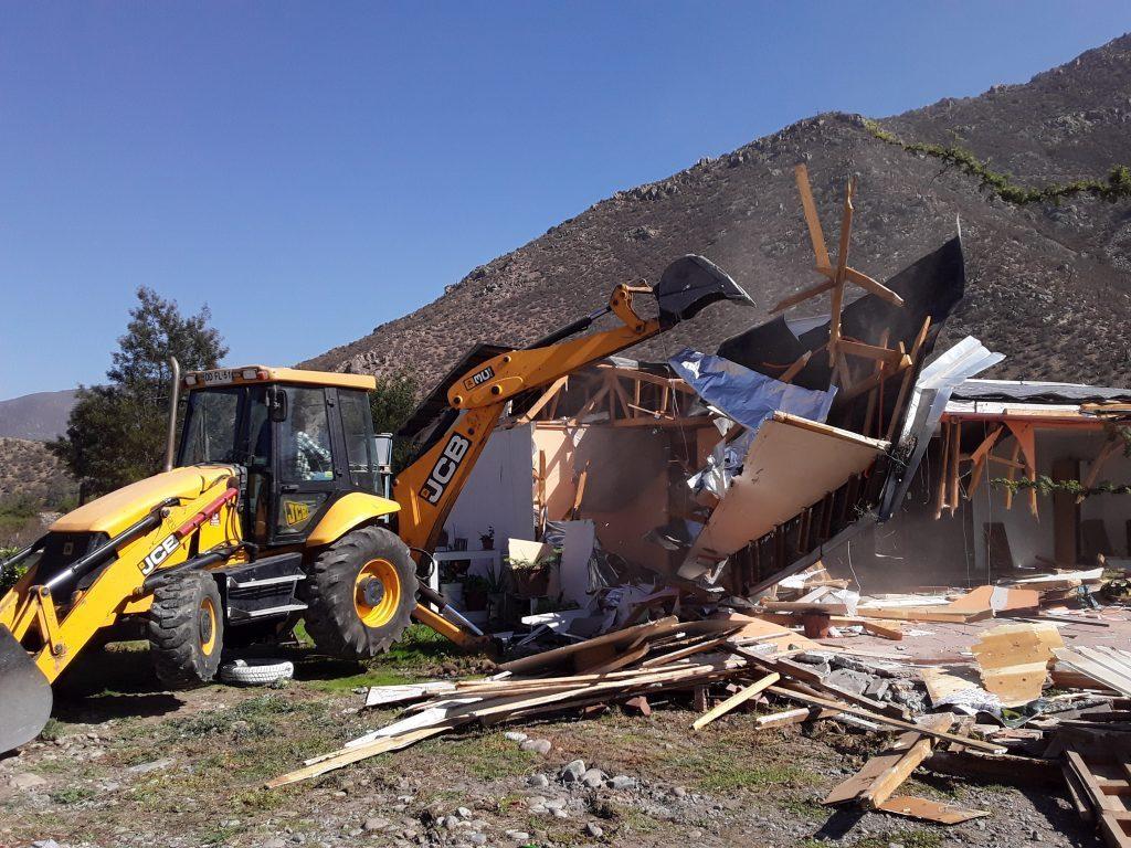 Vecino que le demolieron su vivienda en Quebrada de Herrera rechazó casa en Putaendo gestionada por Serviu.