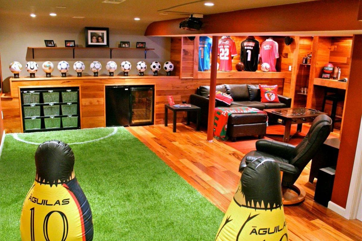Интерьер для болельщика: как с максимальным комфортом смотреть футбол дома