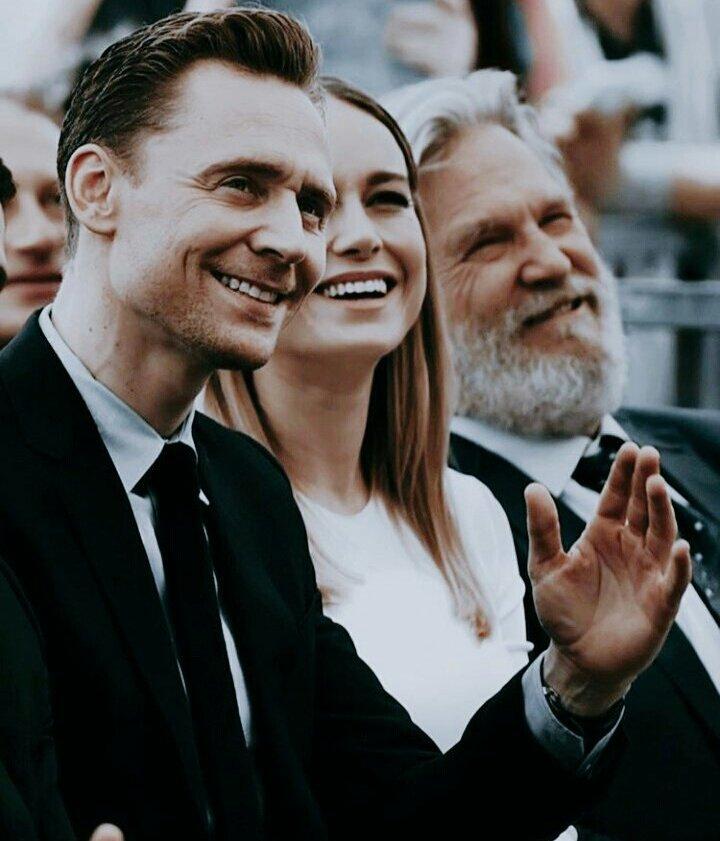 RT @hiddlesbb: Tom Hiddleston & Brie Larson. ♡ https://t.co/16mKL9YkI5