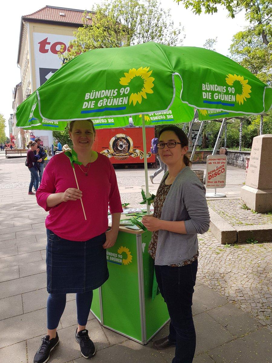 51019e251a875b  1Mai und jetzt gut besuchter Stand mit unserer Spitzenkandidatin   gruene leipzig Petra Čagalj Sejdi in  Lindenau   LeipzigerWestenpic.twitter.com YinDxArw5i