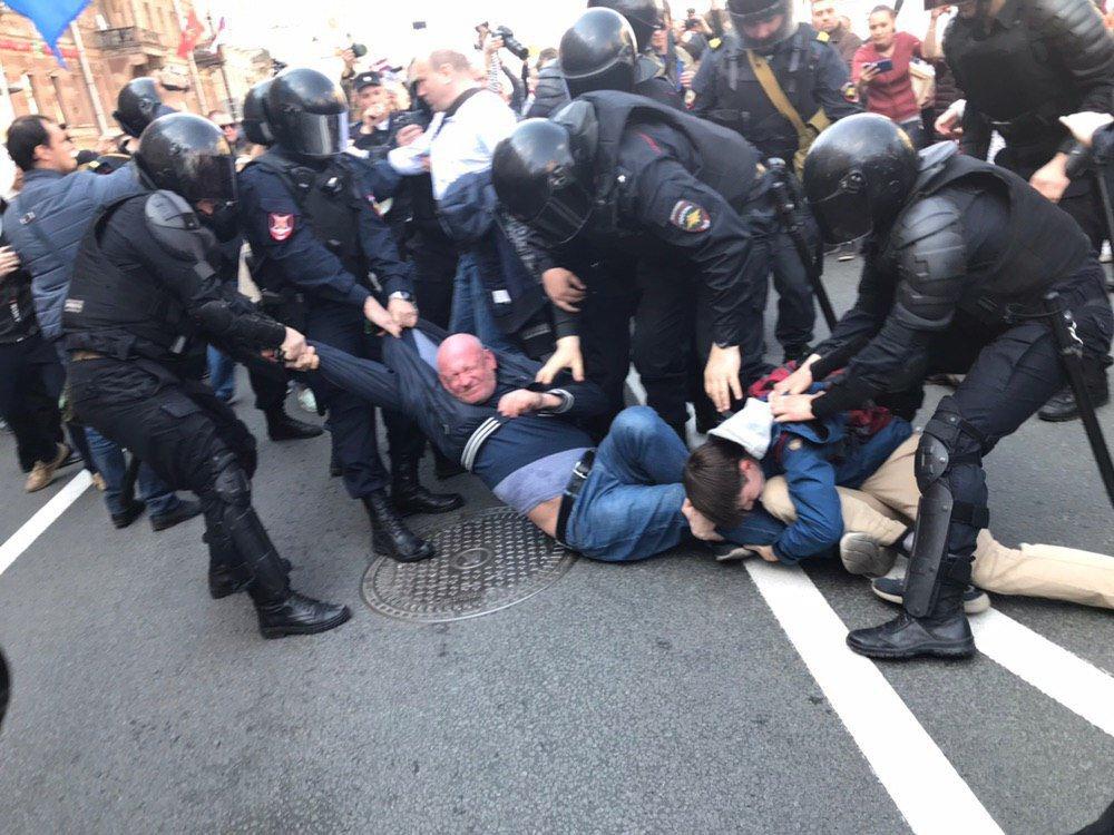 На першотравневих акціях у Росії затримали 124 особи - Цензор.НЕТ 6687