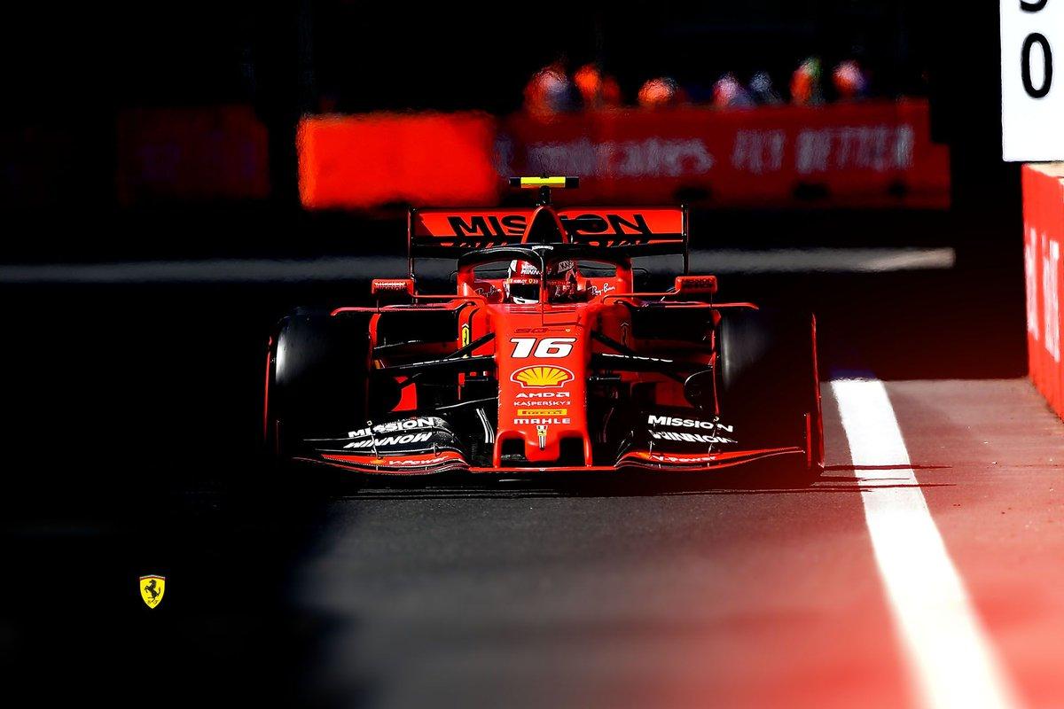 Scuderia Ferrari On Twitter Wednesday Wallpapers You Know What To Do Tifosi Show Us What Your Screens Look Like Essereferrari