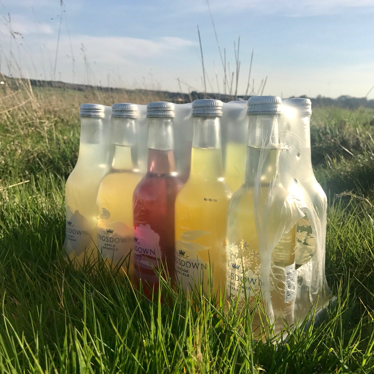 It's #May the perfect month to stock up on your favourite Kingsdown Sparkles ✨If you're not sure what your favourite is we have a tasty sample pack of all our flavours available online #MayDay #1stMay https://www.kingsdownwater.co.uk/buy-online