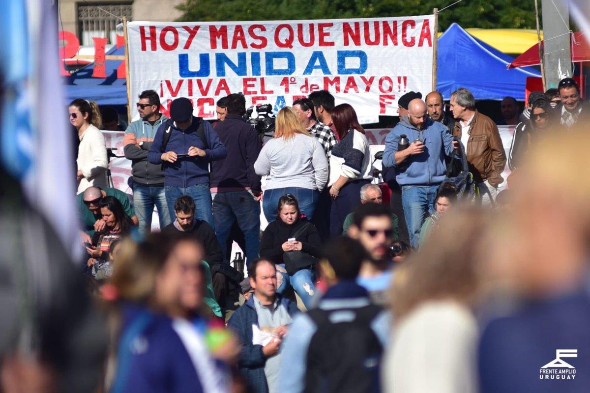 """Frente Amplio en Twitter: """"Acto central 1 de mayo. Día del Trabajador y la Trabajadora. Montevideo, Uruguay… """""""