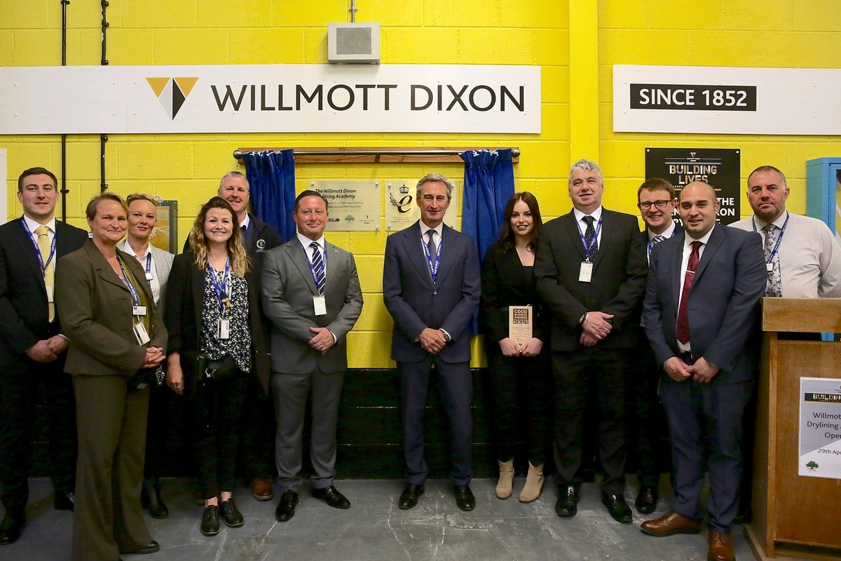 We have teamed up with HMP Elmley in #Kent to launch the 'Willmott Dixon Building Lives Drylining Academy'  find out more about this unique model here >> http://socsi.in/QjjWb  #drylining #training #trades