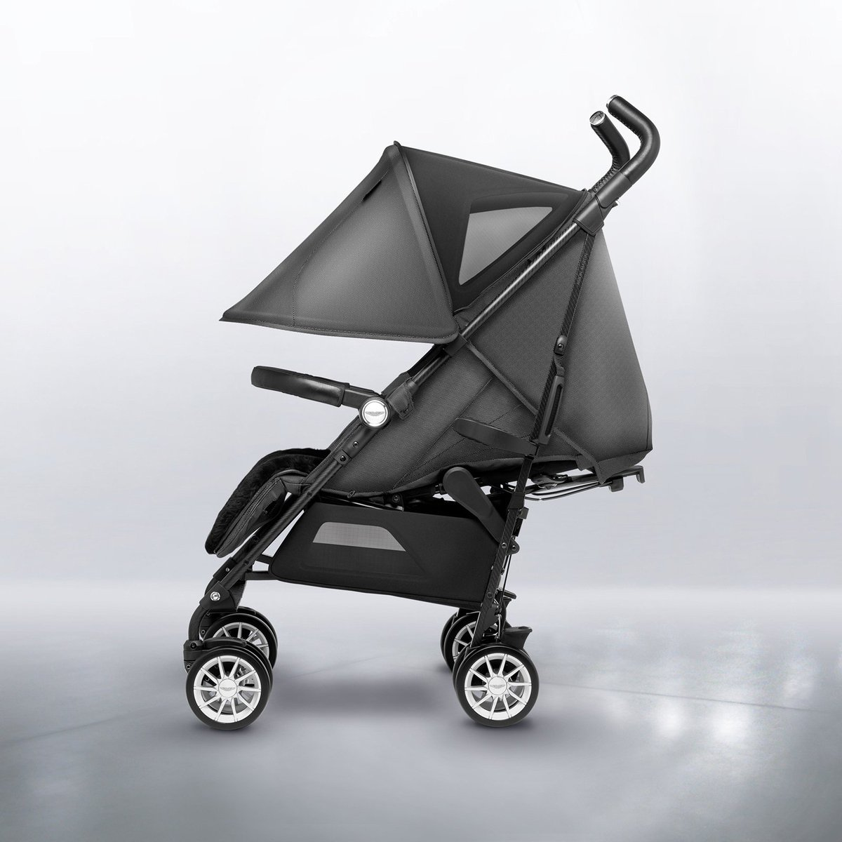 Silver Cross En Twitter Dream Pushchair Alert Have You Discovered The Reflex Aston Martin Part Of Our Exclusive Collaboration With The Iconic Car Brand It Offers The Ultimate In Stroller Luxury Silvercross