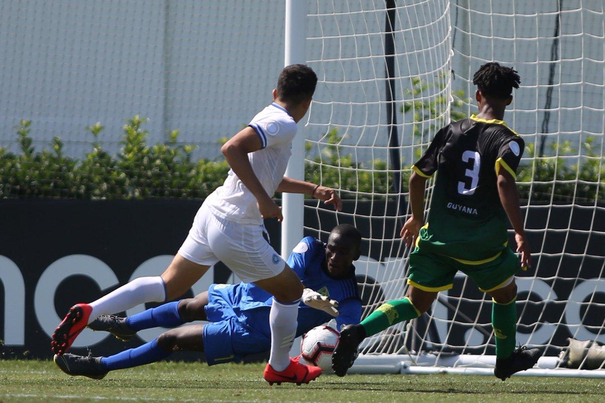 Sub17 Campeonato CONCACAF 2019 [Copa Mundo Brasil 2019] El Salvador 4 Guyana 0. D5fiSMQXoAA0n_2