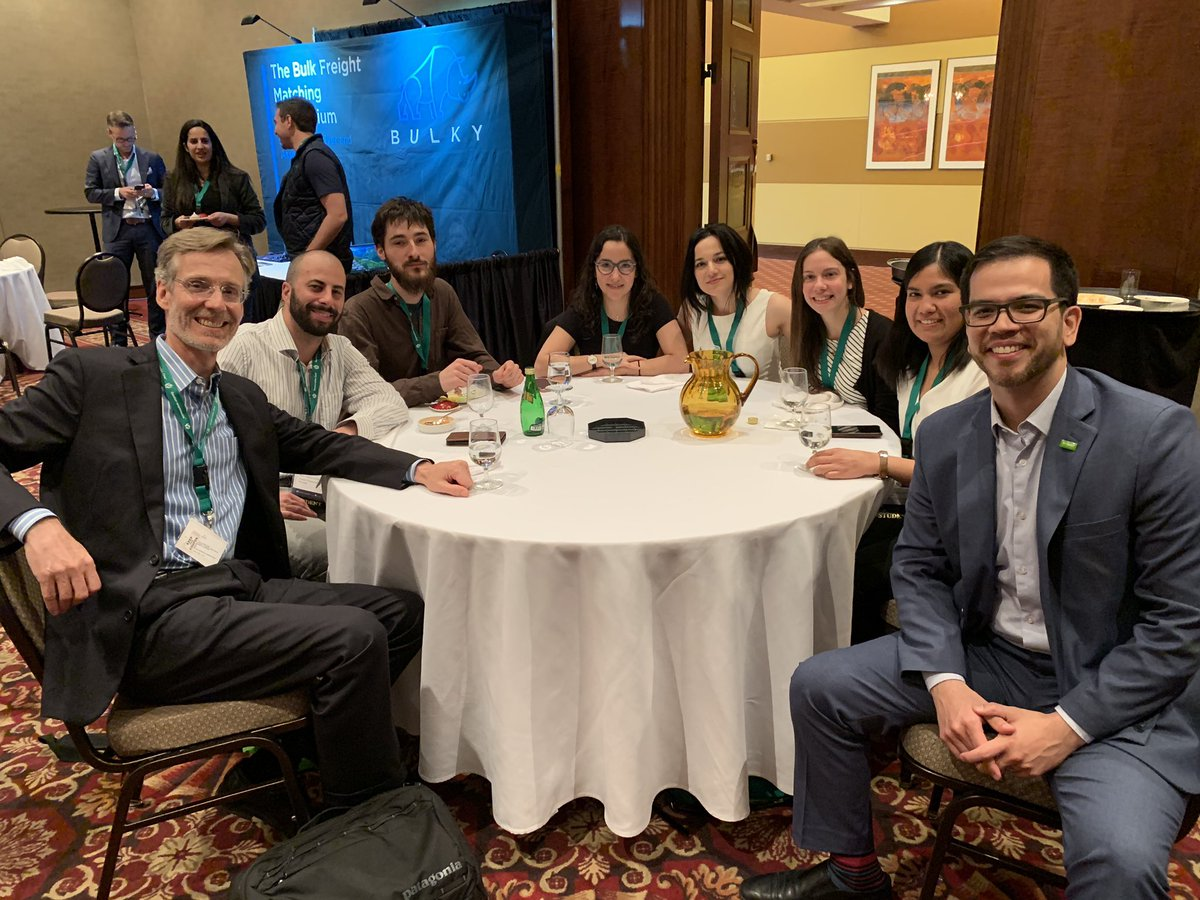 Great to connect with @polymtl students @ChemistryCanada conference! Such great energy and chemistry! #keepgoing
